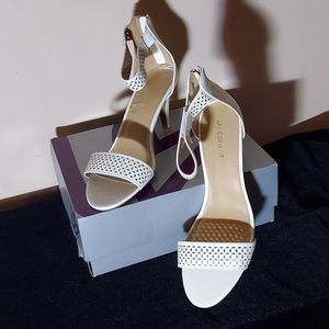 NIB Lane Bryant White Back Zip Heels 12W